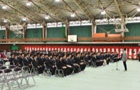 中学校入学式での中学生徒会長祝辞